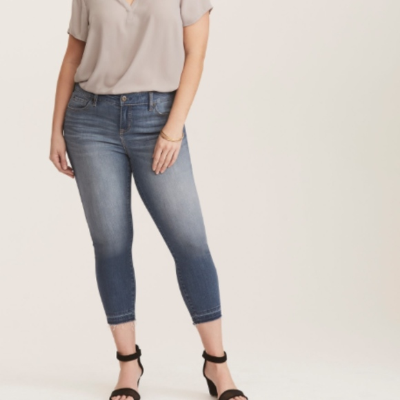 993ea3434d5 Premium Stretch Mid-Rise Cropped Skinny Jeans
